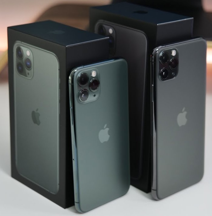 Apple iPhone 11 Pro 64 GB = 400 EUR, iPhone 11 Pro Max 64 GB = 430 EUR, iPhone 11 64 GB = 350 EUR, iPhone XS 64 GB = 300 EUR, iPhone XS Max 64 GB = 330 EUR, Czat Whatsapp: +27642105648